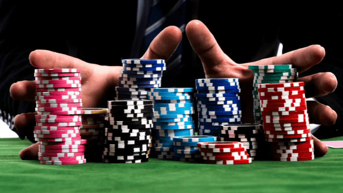 Identification of online and old poker